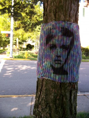 Stencil-on-knit-graffiti-by-the-Jafagirls