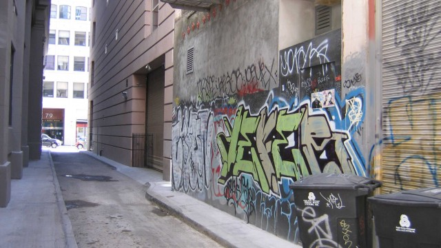 bierce-alley-graffiti2